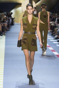 Look 23 - Ophelie Guillermand in #MuglerSS16