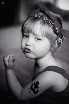 Omg. Pics like this makes me one one : baby girl. ... Photoshoot hihihi. Great Little one Child girl