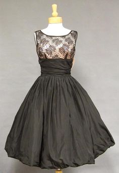 Black Taffeta & Lace 1950's Balloon Dress w/ Pink Satin. Sometimes I think I was born in the wrong era...