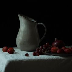 Sandrine jug from Bloomingville. Photographed by Tracy Goldfinch Elson @goldfinchelson for Featheredge Tableware.