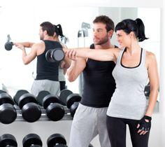 Un entraîneur personnel peut vous concocter un programme sur mesure. #Fitness   http://www.plaisirssante.ca/ma-sante/forme/4-raisons-davoir-un-entraineur-personnel?slide=3#