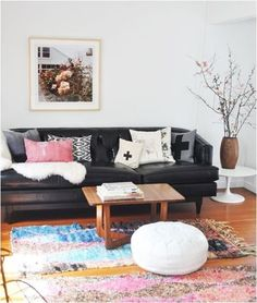 Decorating around leather furniture -- how to keep your living room light and airy
