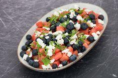 Vandmelonsalat med blåbær og mynte - Life By Nan