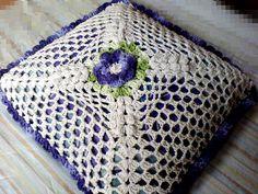 Capa de Almofada em barbante | Arte e Decoração Crochê | Elo7