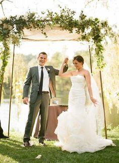 自然の中で結婚式ってとってもステキですよね!