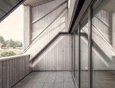 #swissarchitecture #architecture #facade #housing #wood #zurich Zurich, Facade, Deck, Wood, Outdoor Decor, Home Decor, Architecture, Decoration Home, Woodwind Instrument