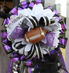 Homecoming Mums by Tammie Baker Homecoming Mums Senior, Homecoming Floats, Football Homecoming, Homecoming Garter, Homecoming Corsage, Homecoming Spirit Week, Homecoming Queen, Homecoming Ideas, Football Mums