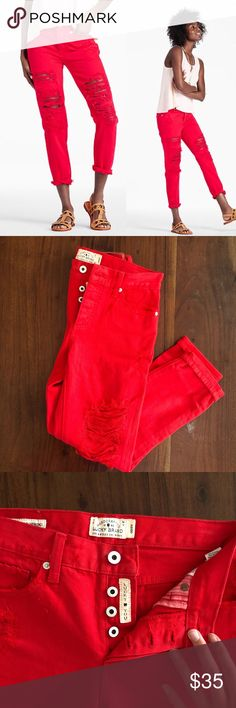 """NWOT Lucky Brand Distressed Boyfriend Jeans New without tags, never worn, cute boyfriend Sienna jeans in Red. Super cute, unique, fun, and can be styled many different ways! They are ankle length and can be rolled up. Lucky Beand makes amazing jeans and these do not disappoint, just too small for me. Inseam 26"""" Rise 9"""" Lucky Brand Jeans Boyfriend"""