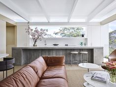 Tree House by Madeleine Blanchfield Architects - Dwell Interior Architecture, Interior Design, Australian Architecture, Contemporary Architecture, Modern Interior, Compact House, Two Storey House, Storey Homes, Timber Flooring