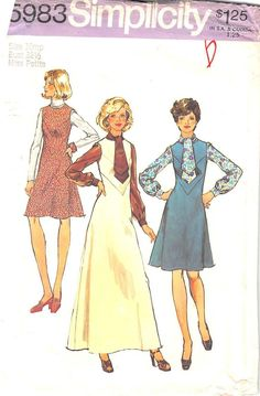 SIMPLICITY 5983 - FROM 1973 - UNCUT - MISSES PETITES AND MISSES JUMPER IN TWO LENGTHS AND BLOUSE