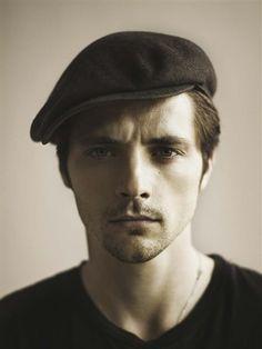 I love men with berets ! Raphael Personnaz
