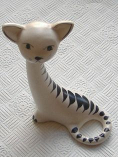 1950S ART POTTERY CAT