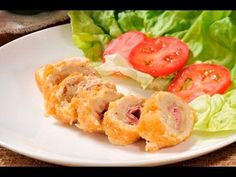 Pechugas de pollo Cordon Blue. Sencillas y elegantes pechugas de pollo, se sirven como plato fuerte o como botana cortadas en rollos pequeños.