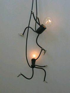 Uma luminária super bem humorada que dá pra fazer em casa!