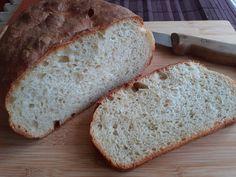 This week's experiment: - Extended levain fermentation. - The question of raisin. Bread Bun, Rye, Raisin, Bread Recipes, Bagel, Banana Bread, Desserts, Food, Experiment