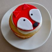 a red fox cupcake topper for hannah Animal Cupcakes, Fun Cupcakes, Cupcake Cookies, Cupcake Toppers, Baby Red Fox, Fox Party, Boy Birthday Parties, 2nd Birthday, Biscuits