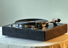 "Thorens - Vintage High End Turntable"" !...  http://about.me/Samissomar"