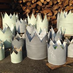 Picture result for crowns from tin cans - Best Garden Decoration Trends Tin Can Crafts, Diy Crafts To Do, Upcycled Crafts, Christmas Crafts, Arts And Crafts, Recycled Cans, Diy Craft Projects, Crown Decor, Crown Crafts