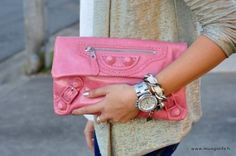 Balenciaga clutch <3