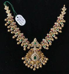 Silver Wedding Jewelry, Gold Jewelry Simple, Indian Wedding Jewelry, Wedding Jewelry Sets, Bridal Jewelry, Indian Bridal, Wedding Accessories, Jewelry Design Earrings, Gold Earrings Designs