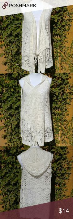 """White crochet vest BRAND: No boundaries  SIZE: Large  FLAW: None  COLOR: White  DESCRIPTION: white crochet vest. Super soft and comfortable! It even has a hood. Has a slight fringe feeling to it. Very lightweight and versatile. You can wear it with just about anything!  The mannequin measurements are:  Shoulders: 15"""" Chest: 34"""" Waist: 26.7"""" Hip: 35.4""""  Use #bishoujo to sort for your size. Please note I do have several pets, but all items will be washed before shipping.  #noboundaries…"""
