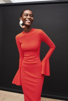 Solace London Makes Fashion Dreams Come True With This Resort Collection Source by fashion classy Love Fashion, Autumn Fashion, Cheap Fashion, Fashion Women, Bcbg, Vogue, Coral Dress, Madame, Dress To Impress