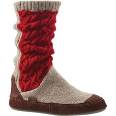 Go indoors and out in unrivaled comfort with cozy, fleece-lined Acorn Slipper Boots.