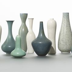 Gunnar Nylund / nine vases