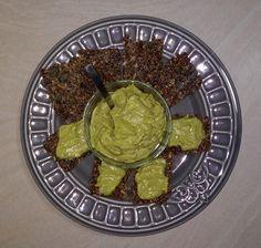 Fitshaker-blog-semienkove-keksiy-s-avokadovou-natierkou Guacamole, Omega 3, Mexican, Ethnic Recipes, Fit, Blog, Shape, Blogging, Mexicans