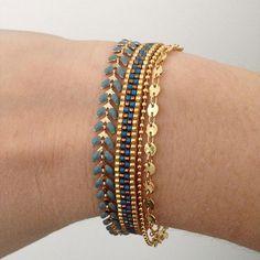 Celui-ci est pour moi This one is for me Loom Bracelet Patterns, Bead Loom Patterns, Beaded Jewelry Patterns, Seed Bead Bracelets, Loom Bracelets, Jewelry Bracelets, Tear, Bijoux Diy, Bead Jewellery