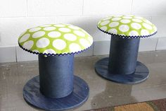 DIY- Electrical spools into stools Wire Spool, Wooden Spools, Cool Ideas, Electrical Spools, Mushroom Stool, Colani, Diy Stool, Best Decor, Decorating Tips
