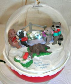 Hallmark-Magic-Light-and-Motion-Ornament-FOREST-FRIENDS-1995-4th-in-Series
