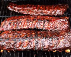 Slow & low Memphis Pit BBQ Ribs - I wish I could reach in and grab a rack!!