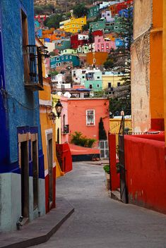 "✮ ""Guanajuato Lane"" - Guanajuato, Mexico, I do want go back, I fell in love with this city when I first saw it."