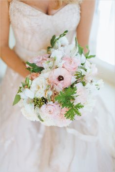 Pink wedding ideas: pink and white wedding bouquet