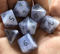 Magic The Gathering, Cool Dnd Dice, Dungeons And Dragons Dice, Dnd Dragons, Dragon Rpg, Dragon Dies, Blue Lace Agate, Agate Gemstone, Decir No