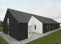 Solid Architecture Of Country House In Denmark   Facade