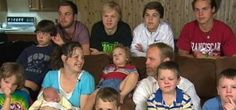 रॉकफोर्ड। एक परिवार जिसके 12 बच्चे हैं। सभी बच्चे लड़के हैं और परिवार को 13वें बच्चे का इंतजार है