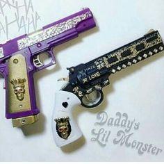 Joker and Harley's customized pistols Ninja Weapons, Weapons Guns, Guns And Ammo, Dragon Blue, Pretty Knives, Armas Ninja, Custom Guns, Military Guns, Weapon Concept Art