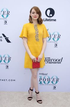 Emma Stone's 'La La Land' Dress Was Actually Inspired By One of Her Best Red Carpet Looks Emma Stone Style, Estilo Emma Stone, Emma Stone Outfit, Emma Stone Red Carpet, Actress Emma Stone, Quebec, Yellow Fashion, Yellow Dress, Pretty Outfits