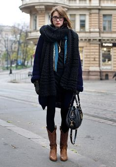 Browse through these style tips and learn what with and how to wear cowboy boots to look cool and creative anytime of the cold season! Casual Winter Outfits, Winter Boots Outfits, Autumn Fashion Casual, Fall Outfits, Winter Fashion, Fashion Outfits, Outfit Winter, Casual Fall, Winter Shoes