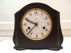 Smiths Bakelite Case Striking Mantle Clock c1920   7.5 H 8 W 4 D