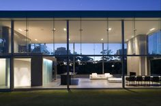 Cliff House by Fearon Hay Architects | HomeDSGN, a daily source for inspiration and fresh ideas on interior design and home decoration.