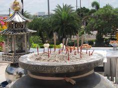 Wierook in #Thailand! #travelsmartnl #asia