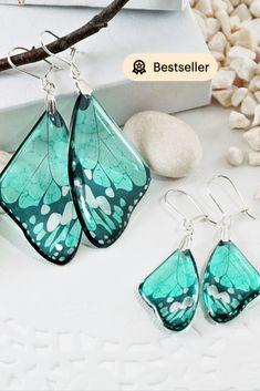 #Turquoise #Butterfly_Earrings #Wedding #Bridal #Dangle_Earrings #Bohemian_Earrings Modern Gemstone Jewelry #Butterfly+Wing_Earrings Wing Earrings, Butterfly Earrings, Small Earrings, Statement Earrings, Dangle Earrings, Bridal Earrings, Feather Earrings, Butterfly Gifts, Butterfly Wedding