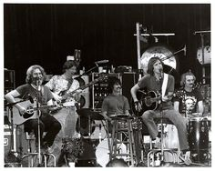 Grateful Dead in Seriously the best live shows I have ever seen and not remembered. Phil Lesh And Friends, Dead Band, Mickey Hart, Dead Pictures, Music Articles, Bob Weir, Feelin Groovy, Dead And Company, Santa Cruz