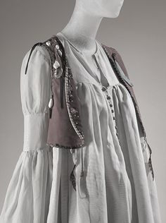 Giorgio di Sant'Angelo, ensemble, cotton, suede, shell, feathers, 1968, USA, gift of Marina Schiano.