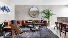170m2 de elegancia midcentury modern en México. Y un par de sofás de cuero. Estilo Interior, Interior Styling, Decoracion Vintage Chic, Outdoor Furniture Sets, Outdoor Decor, Midcentury Modern, Mid Century, Living Room, Pillows