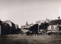 Calle Alcalá, con la Cibeles en su antiguo emplazamiento, 1857. Ch.Clifford. Universidad de Navarra