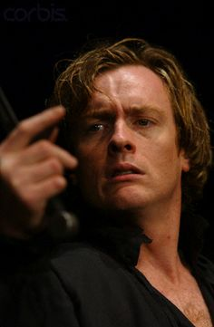 2004 - Toby Stephens 'Hamlet'  RSC
